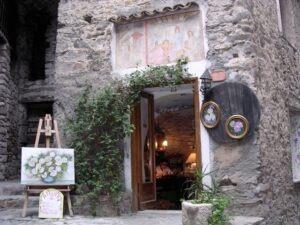 Apricale. Künstleratelier. Dorf im Hinterland der italienischen Riviera. Atelier