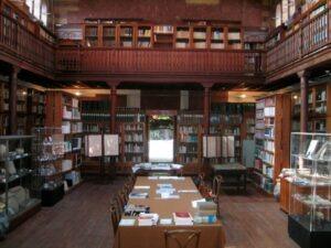 Bordighera, im Urlaub an der italienischen Riviera. Die Bibliothek im Bicknell Museum