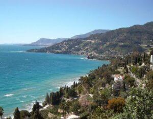 gleich bei Ventimiglia gibt es wunderschöne Badebuchten wie hier in Latte