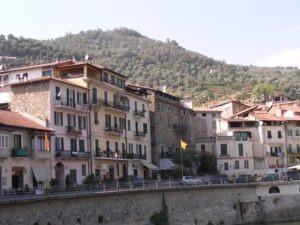 Dolceacqua. Urlaub an der italienischen Riviera im Ferienhaus in Ligurien