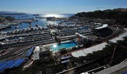 Monte Carlo Herakles Terrasse. Urlaub an der italienischen Riviera in Ligurien im Ferienhaus in Dolceacqua
