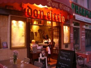 Menton. Restaurant Don Ciccio. Im Urlaub an der italienischen Riviera in Ligurien im Ferienhaus