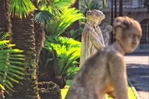 Menton. Jardin du Palais Carnolès. Urlaub an der italienischen Riviera im Ferienhaus in Ligurien