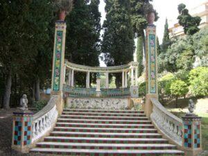 Menton. Jardin Fontana Rosa. Urlaub in Ligurien an der italienischen Riviera im Ferienhaus in Dolceacqua