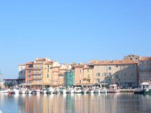 St. Tropez. Urlaub an der italienischen Riviera im Ferienhaus in Dolceacqua in Ligurien