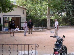 Saint Paul de Vence Bouleplatz vor der Stadt. Urlaub an der italienischen Riviera im Ferienhaus in Ligurien