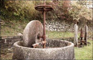 Dolceacqua. So sieht eine alte Ölpresse aus.