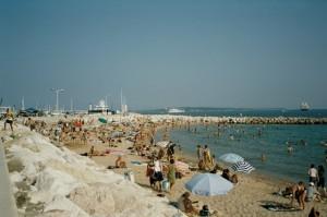 Cannes. Strand. Ferien an der Riviera di Ponente in Ligurien