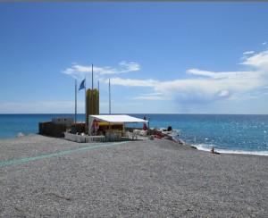 Vallecrosia am Strand. Urlaub an der Blumenriviera in Ligurien