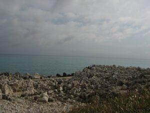 Promenade le Corbusier. vom Cap Martin nach Monaco. Urlaub an der Riviera di Ponente in Ligurien.