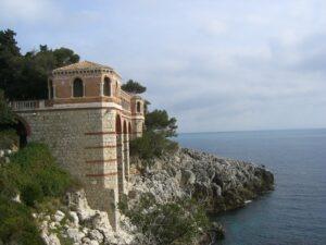 Villa Cypris am Corbusierweg Roquebrune Cap Martin. Urlaub an der italienischen Riviera in Ligurien.