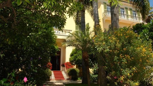 Hotel Villa Elisa. Boridghera. Urlaub an der Blumenriviera