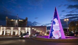 Weihnachtliches Menton an der französischen Riviera.