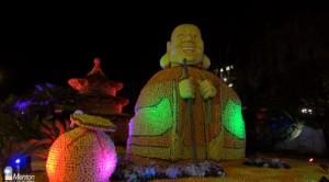 Menton an der Côte d'Azur. Das Ereignis des Jahres: Das Zitronenfest bei Nacht.