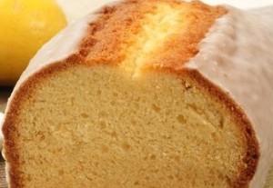 italienischer Zitronenkuchen in der Kastenform