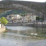 die antike Steinbruecke von Dolceacqua