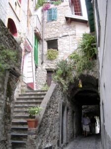 Apricale. In der Altstadt. Urlaub an der italienischen Riviera in Ligurien