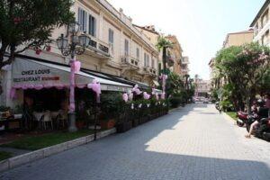Bordighera Corso Italia. Urlaub an der italienischen Riviera in Ligurien