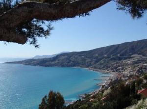 Bordighera, italienische Riviera, Weitblick auf die Küste