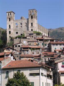 Dolceacqua. Urlaub im Ferienhaus in Ligurien an der italienischen Riviera