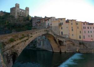 Dolceacqua. Italienische Riviera in Ligurien