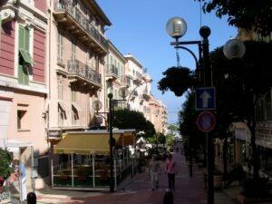 Monte Carlo Altstadt. Urlaub an der italienischen Riviera iim Ferienhaus in Ligurien