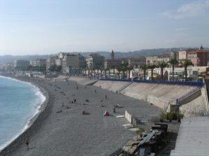 Nizza. Strand vor der Promenade des Anglais