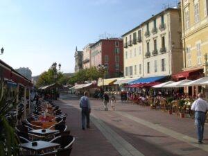 Nizza. Altstadt. Urlaub an der italienischen Riviera in Ligurien