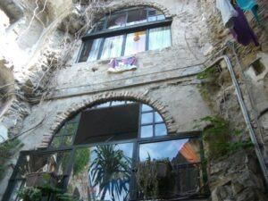 Bussana Vecchia-Sanremo.Künstleratelier. Urlaub in Ligurien an der italienischen Riviera