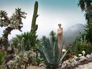 Èze Village. Exotischer Garten. Urlaub an der italienische Riviera