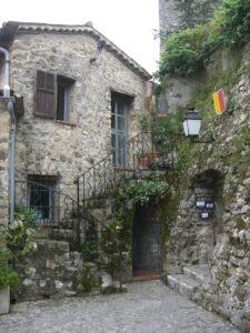 Roquebrune. Aufgang zur Burg.Urlaub an der italienischen Riviera in Ligurien