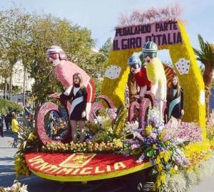 Ventimiglia an der Riviera di Ponente erhält den dritten Platz beim Blumenkorso in San Remo 2015