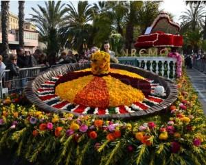 San Remo an der Blumenriviera. Blumenkorso