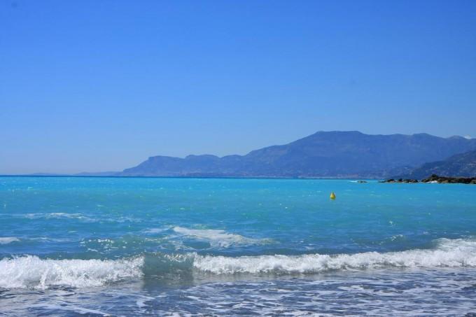 die Mittelmeerküste von Westligurien