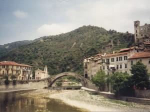 Herbst in Dolceacqua in Ligurien