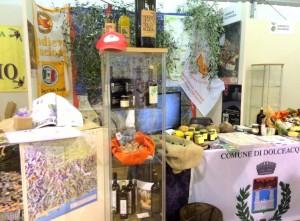 Imperia Fest des neuen Olivenöls. Stand von Dolceacqua