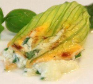 Zucchini Blueten gefuellt