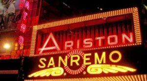 das beruehmte Teatro Ariston von Sanremo an der Blumenriviera praesentiert das Festival della Canzone Italiana